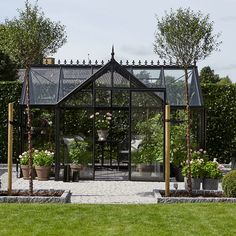 - Se vores udvalg af store og små drivhuse her Outside Room, Outside Living, Outdoor Living, Ice Houses, Pool Houses, Dream Garden, Home And Garden, Best Greenhouse, Portable House