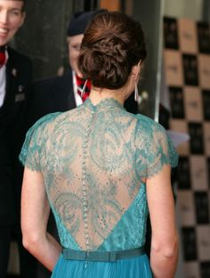 Thanks Kate Middleton for yet another stunning look.