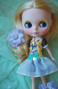 Etsy の Blythe dress............ deer by blythewithyouandme