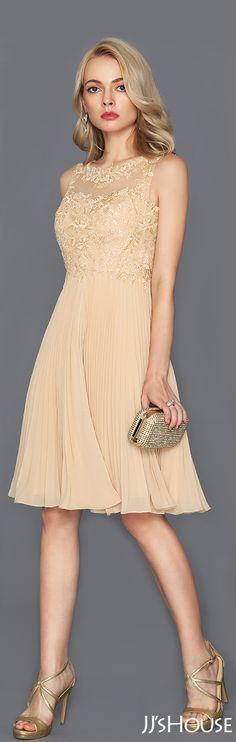 This chiffon cocktail dress is perfect for any occasion! #JJsHouse #Cocktail