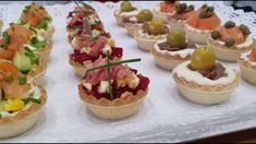 Canapes Faciles, Recipe For 4, Fondant Cakes, Four, Finger Foods, Catering, Sushi, Buffet, Food And Drink