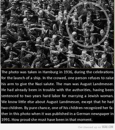 August Landmesser: http://d24w6bsrhbeh9d.cloudfront.net/photo/2500384_700b.jpg