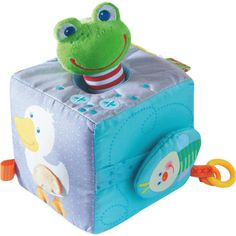 A world of discovery: the car wheels turn, the duck's belly hides a secret squeaker and the little magic frog leaps backwards when pulled out and let go. Cubes, Play Cube, Fabric Toys, Inventions, Blandito, Pastel, France, Deco, Products