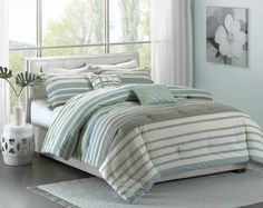The soft Neruda Seersucker Striped Bedding Set creates an summer perfect look for your modern coastal bedroom!