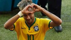 Neymar, Julio Cesar to the rescue for Brazil Neymar Jr, Best Player, Fifa World Cup, Fc Barcelona, Football Players, Sports, Men, Thiago Silva, Saints