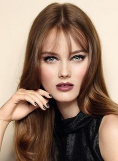 Golden Brown Balayage - 20 Best Golden Brown Hair Ideas to Choose From - The Trending Hairstyle Golden Brown Hair Color, Brown Hair With Highlights, Light Brown Hair, Brown Hair Colors, Natural Hair Wigs, Real Hair Wigs, Human Hair Wigs, Trendy Hairstyles, Wig Hairstyles