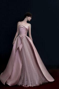 Prom Girl Dresses, Fall Dresses, Elegant Dresses, Pretty Dresses, Beautiful Dresses, Formal Dresses, High Fashion Dresses, Fashion Outfits, Debut Gowns