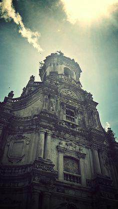 St. Jerome Parish Church, Ayala Alabang, Muntinlupa City Catholic Churches, Old Churches, Roman Catholic, Cathedral Basilica, Cathedral Church, Philippines Culture, Philippines Travel, Filipino House, Philippine Houses