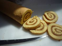 Piskóta tekercs Cupcake, Sweets, Ethnic Recipes, Food, Goodies, Cupcakes, Meals, Cupcake Cakes, Yemek