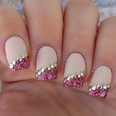 25 Most Eye Catching Rose Gold Nails To Copy These trendy Nails ideas would gain you amazing compliments. Check out our gallery for more ideas these are trendy this year. Fancy Nails, Love Nails, Trendy Nails, Sparkle Nails, Fabulous Nails, Gorgeous Nails, Amazing Nails, Nail Art Designs 2016, Rose Gold Nails