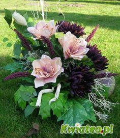 Źródło internet Vence, Funeral Flowers, Black Flowers, Flower Bouquet Wedding, Ikebana, Floral Arrangements, Watercolor Paintings, Wreaths, Garden