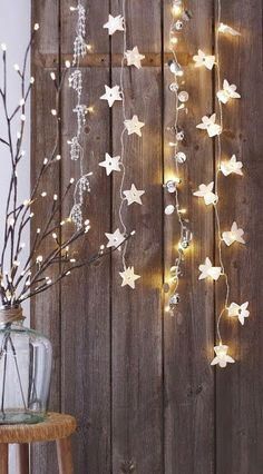 A Uniquely Enchanted Christmas Inspiration deco decoration christmas noel Decoration Christmas, Noel Christmas, Christmas Is Coming, Winter Christmas, All Things Christmas, Christmas Lights, Christmas Crafts, Holiday Decor, Rustic Christmas