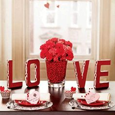 24 Romantic Table Decor Variants For The Best Vale - Saint Valentin Valentines Day Dinner, Valentine Day Love, Valentine Day Crafts, Valentine Ideas, Teacher Valentine, Valentine Party, Saint Valentine, Teacher Gifts, Valentinstag Party