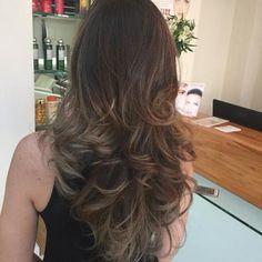 Confira lindos e sugestivos modelos de cortes para cabelos longos 2016. Veja dicas, modelos e muitas fotos de cortes para cabelos longos 2016.