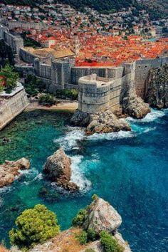 Dubrovnik, Croacia, the view is so beautiful.
