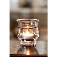 A little sparkle ... This attractive candle holder is graceful in its simplicity, but also fun to mix & match!