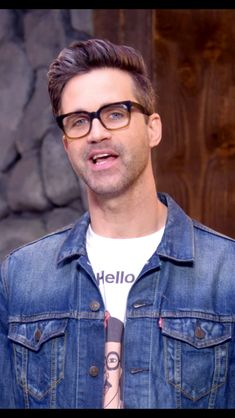Hey Good Mythical Morning, Link Youtube, Lifelong Friends, Child Face, Markiplier, Pretty Men, Face Claims, Lincoln, Youtubers