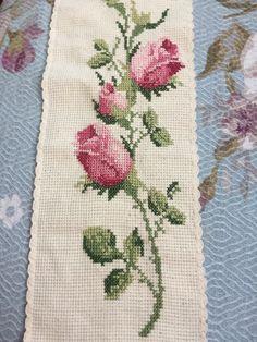 Cross Stitch Embroidery, Shag Rug, Elsa, Kids Rugs, Decor, Punto De Cruz, Dots, Shaggy Rug, Decoration