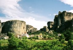 The Meteors : monasteries built on rocky peaks country : Greece place : west of the country, Thessaly province