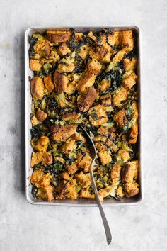 Nutritious Snack Tips For Equally Young Ones And Adults Vegetarian Sage Stuffing With Kale Ghee Vegetarian And Gluten-Free Sage Stuffing, Made With Nourishing Ghee And Kale. A Vegetarian Gluten-Free Stuffing With A Vegan Alternative. Vegetarian Stuffing, Gluten Free Stuffing, Vegetarian Recipes, Healthy Recipes, Savoury Recipes, Healthy Food, Best Stuffing Recipe, Stuffing Recipes For Thanksgiving, Thanksgiving Side Dishes