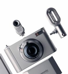 The digital camera Panasonic designed in 2000 Still Life Photography, Inspiring Photography, Beauty Photography, Creative Photography, Digital Photography, Portrait Photography, Personal Camera, Marketing Poster, Electrical Appliances