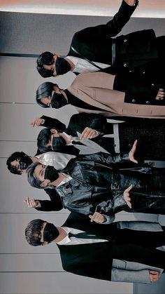 Bts Bangtan Boy, Bts Taehyung, Bts Boys, Bts Jungkook, Bts Group Picture, Bts Group Photos, Foto Bts, Foto Rap Monster Bts, Bts Wallpapers