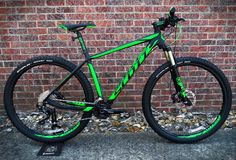 2016 Scott Scale 950 in store now! £1149.00 http://www.pedalscyclecentre.co.uk/m1b0s2p6273/Scott-Scale-950-2016