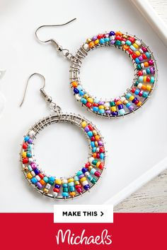 Wire wrapped earrings 812688695247169996 - These Double Hoop Seed Bead Earrings are so unique! Learn a simple wire wrap technique when you make this trendy DIY! Source by sassykraftsco Seed Bead Jewelry, Cute Jewelry, Jewelry Crafts, Jewelry Ideas, Diy Seed Bead Earrings, Double Earrings, Diy Jewelry Projects, Metal Jewelry, Seed Beads