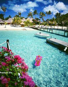 Moana Beach Parkroyal Hotel, Bora Bora