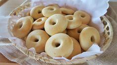 Biscotti alla panna, ricetta per le macinefatte in casa. Questa è la mia ricetta facile per i biscotti per la colazione, golose ciambelline