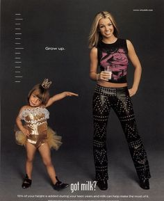 """Britney stood next to her adorable younger self. 23 """"Got Milk?"""" Ads That Will Take You Back To The Early '00s."""