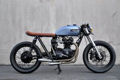 ϟ Hell Kustom ϟ: Triumph T140 1973 By Seaweed & Gravel