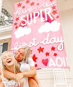 "Alpha Omicron Pi on Instagram: ""Wishing all of our sisters a happy first day✨and a happy #ALAMMONDAY 🌟⚡️💫"""