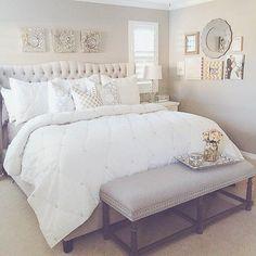 Decorating the bedroom apartment decor home decor, home deco Dream Bedroom, Home Bedroom, Pretty Bedroom, Master Bedrooms, Bedroom Ideas Master On A Budget, Teen Bedroom, Funky Bedroom, White Bedrooms, Bedroom Interiors