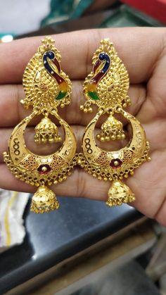 Gold Ring Designs, Gold Bangles Design, Gold Earrings Designs, Gold Jewellery Design, Gold Jhumka Earrings, Peacock Jewelry, Gold Jewelry Simple, Ear Jewelry, Anklets