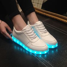 Unisex LED shoes 2016 Men & Women light up Shoes Luminous shoes USB Charging LED glowing casual Shoes 06 Moda Sneakers, Sneakers Mode, Girls Sneakers, Girls Shoes, Sneakers Fashion, Fashion Shoes, Girls Footwear, Shoes Men, Style Fashion