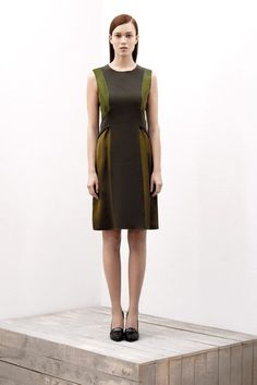 Ter et Bantine | Pre-Fall 2012 Collection | Vogue Runway