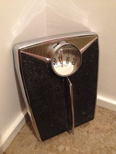 Vintage 1950s Atomic Bathroom Scale by AtomicVault on Etsy, $45.00