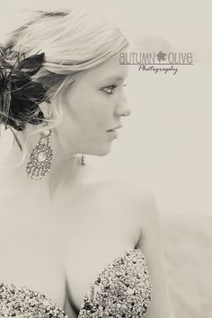 I'm love this pic ❤ how it show off your Accessories and hair styles and top of your dress it so Pretty ❤ Prom Photography, Creative Photography, Portrait Photography, Photography Ideas, Prom Pictures, Love Pictures, Couple Pictures, Senior Prom, Senior Girls