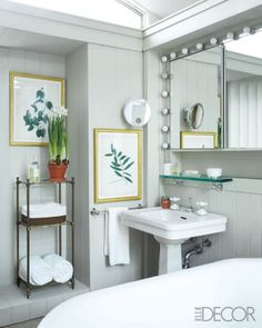 traditional botanical bath #bathroom #botanical