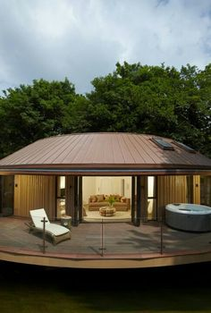 Chewton Glen Hotel & Spa, Hampshire: Treehouse Suite Where Zoella & Alfie went