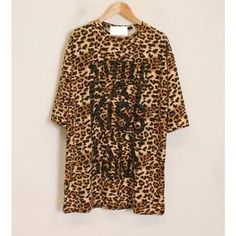 Buy 'Momewear – Short-Sleeve Leopard-Print Lettering T-Shirt' with Free International Shipping at YesStyle.com. Browse and shop for thousands of Asian fashion items from China and more!