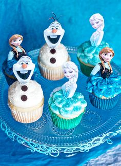 Frozen-Cupcakes-7323-copy.jpg (600×825)