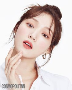 lee sungkyung ♡ uploaded by ` 𝑚. on We Heart It Korean Actresses, Korean Actors, Weightlifting Fairy Kim Bok Joo Wallpapers, Joon Hyung, Ahn Hyo Seop, Photography Poses Women, Laneige, Korean Celebrities, Aesthetic Girl