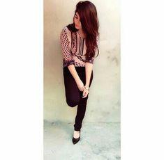 Sameera Khan World Lovely Girl Image, Cute Girl Photo, Girls Image, Cute Girl Poses, Girl Photo Poses, Stylish Girls Photos, Stylish Girl Pic, Cool Girl Pictures, Cute Girl Face