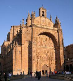 * Igreja de Santo Estêvão *    Arquitetura 'Plateresca' Espanhola.  Salamanca, Espanha.
