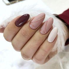 58 trendy Ideas for nails burgundy gold matte Maroon Nails, Burgundy Nails, Gold Nails, Matte Nails, Pink Nails, Acrylic Nails, Hair And Nails, My Nails, Uñas Diy
