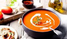 Looking for a yummy and healthy tomato soup recipe? We've listed some amazing tomato soup recipes by Sanjeev Kapoor which taste amazing and are equally healthy. Healthy Tomato Soup Recipe, Tomato Soup Recipes, Curried Butternut Squash Soup, Roasted Tomato Soup, Roasted Garlic, Batch Cooking, Healthy Cooking, Healthy Recipes, Pumpkin Soup