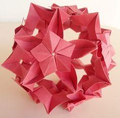 Kusudama Flor de Sombrinha (Com Diagrama) Criação: Tomoko Fuse Livro: Unite Origami Fantasy - ADOBRACIA: Kusudamas