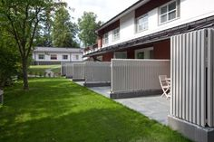 Majatalo Onnela Tuusula Overlooking the shores of Lake Tuusula, this charming inn is only 30 minutes' drive from Helsinki. It offers a private beach and 2 saunas. Rooms feature flat-screen TVs and free WiFi.